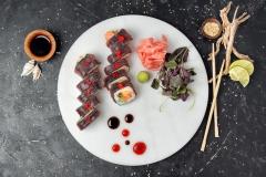 SUSHI-Special-roll-z-łososiem-i-tuńczykiem